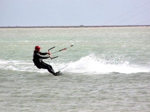Kite-surf en la playa de Djerba (Foto Flickr de sky#walker)