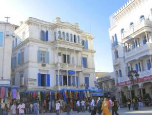 En la Medina de Túnez podrá encontrar información turística (Foto Flickr de Kurlylox1)